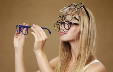 10 reasons to buy your glasses from us